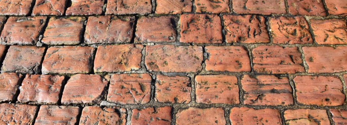 What paving stones for the red roof?